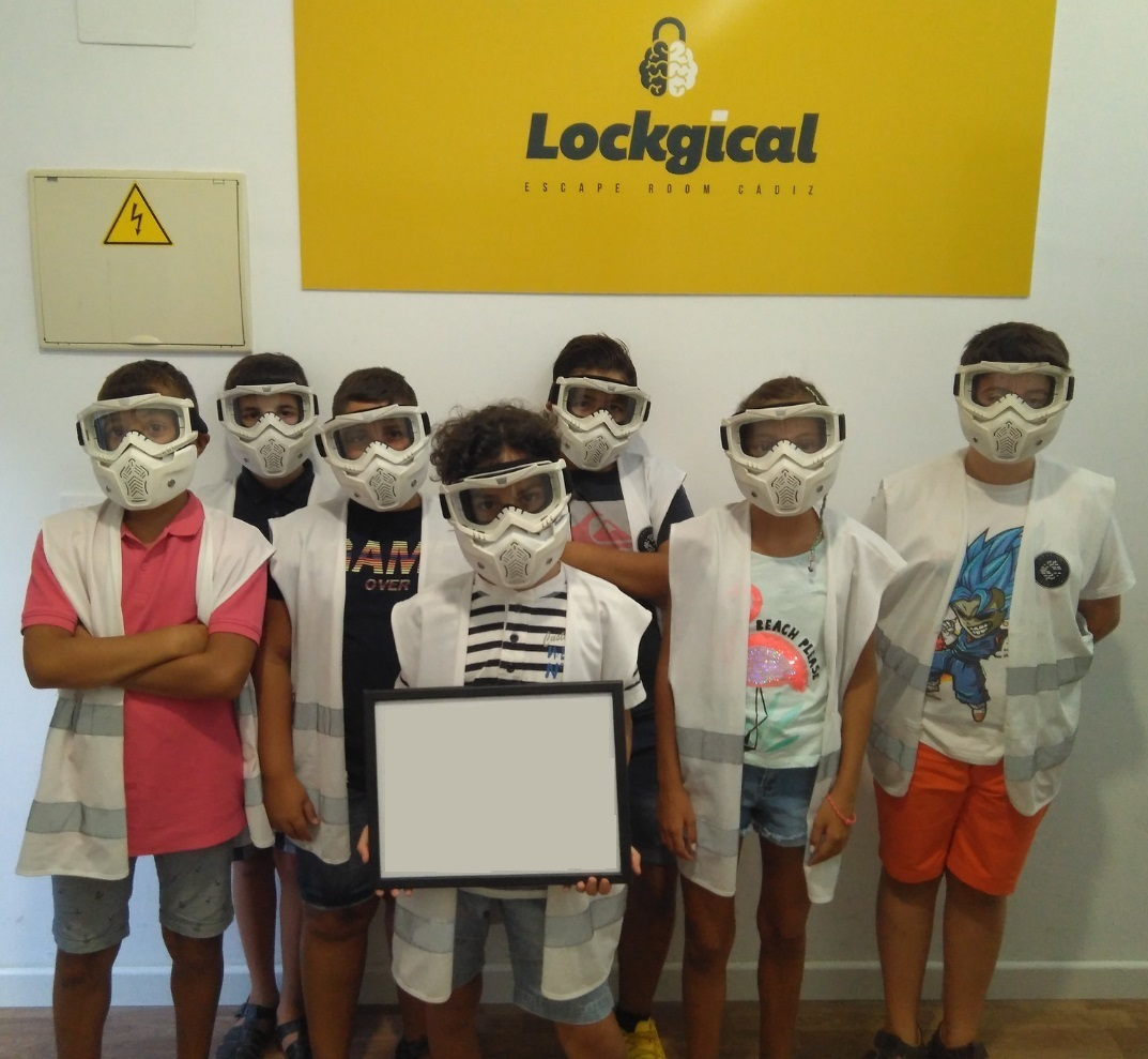 escaperoom_adolescente3_lockgical_cadiz